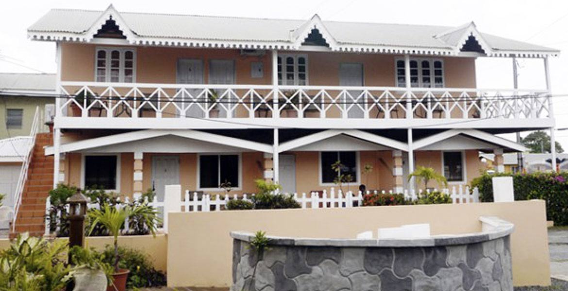 Dex and Yolande Holiday Apartments - a myTobago guide to Tobago holiday accommodation