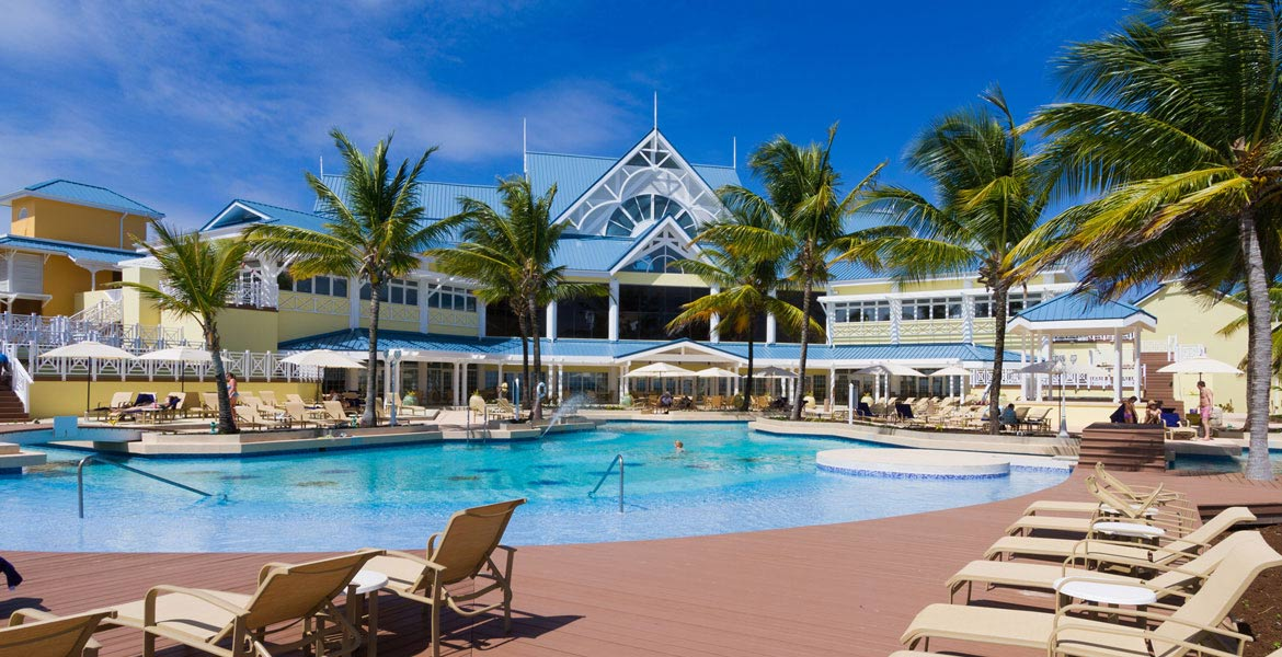 Magdalena Grand Beach & Golf - a myTobago guide to Tobago holiday accommodation