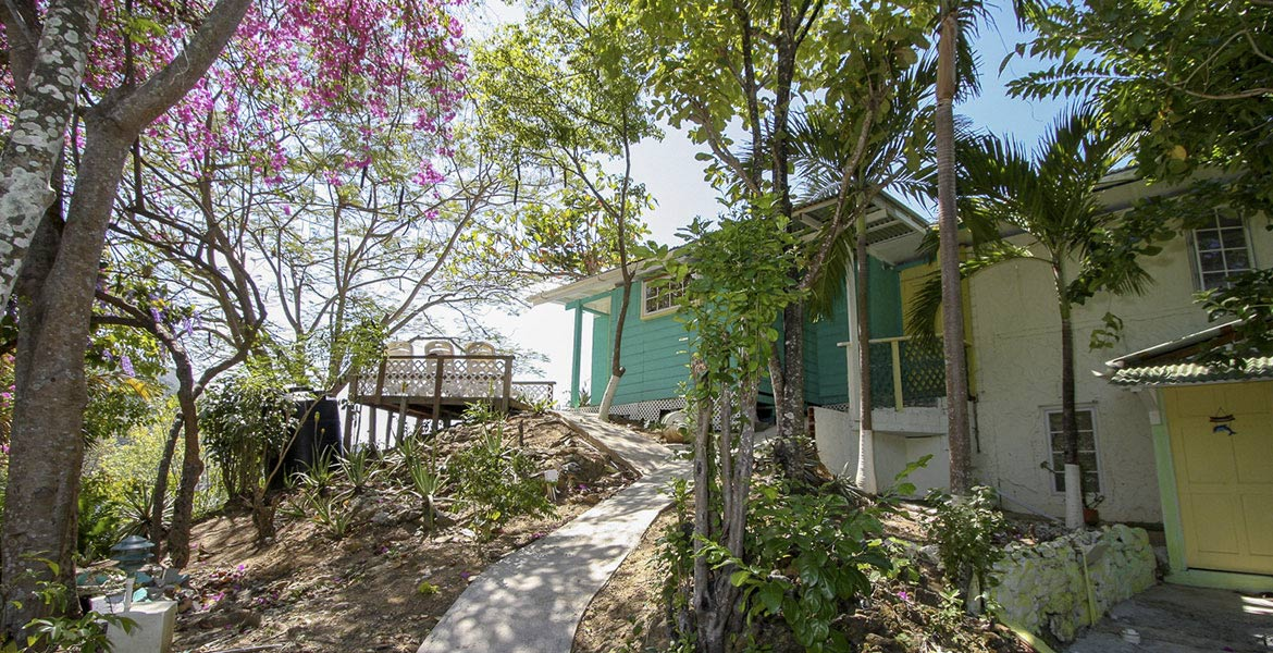 Blue Mango Cottages - a myTobago guide to Tobago holiday accommodation