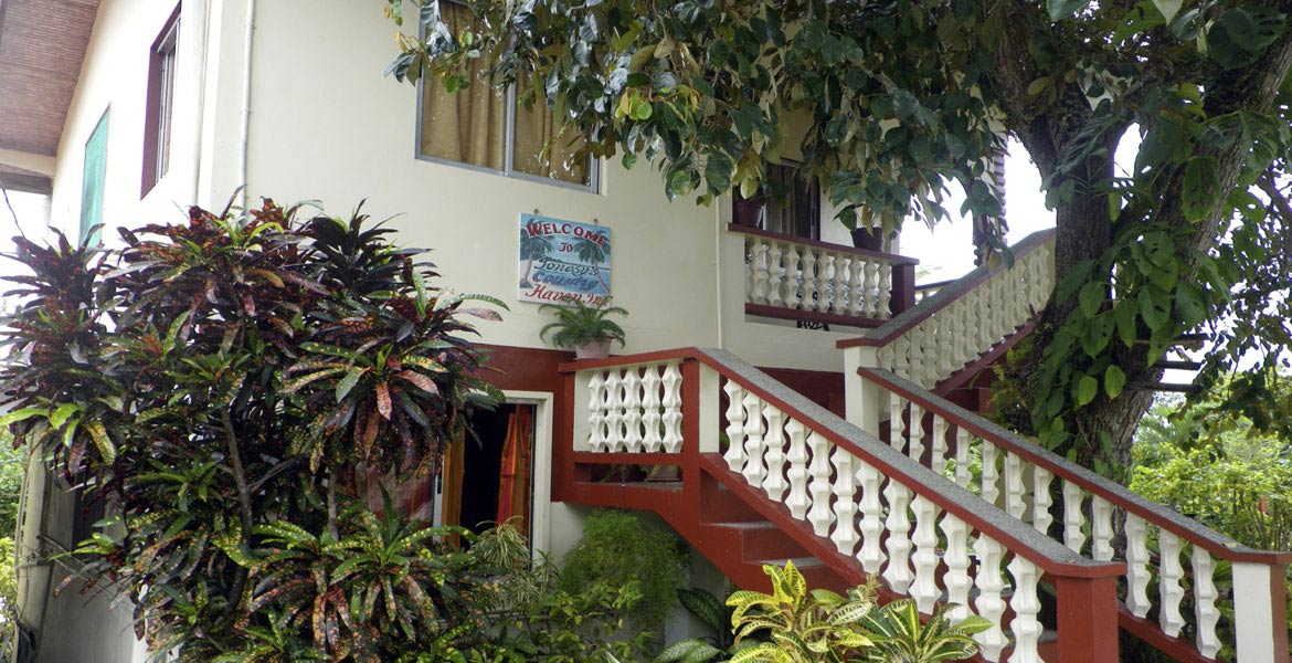 Jonesy's Country Haven Inn - a myTobago guide to Tobago holiday accommodation