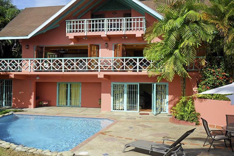 LaHay, Mount Irvine, Tobago