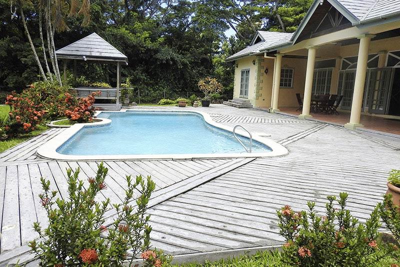 Mango Tango, Courland, Tobago