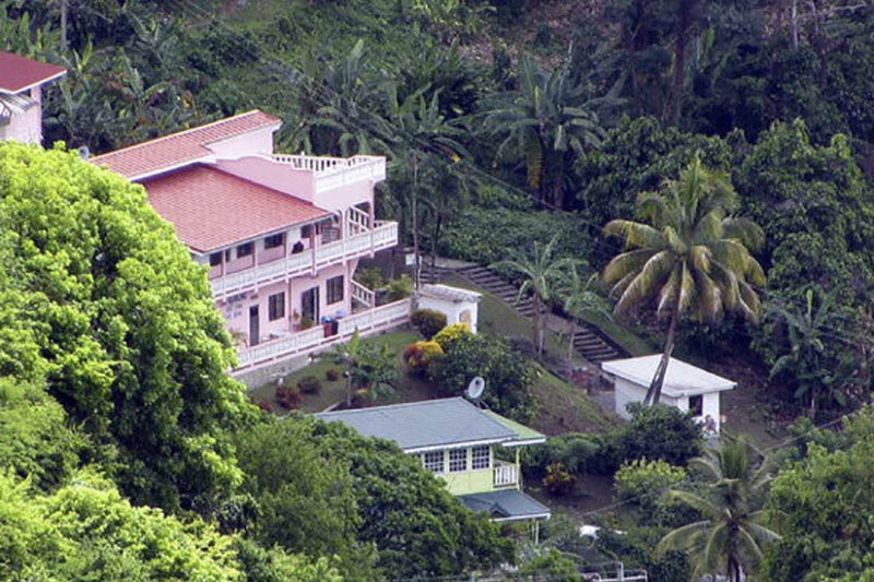 Top Ranking Hill View Guest House, Speyside, Tobago