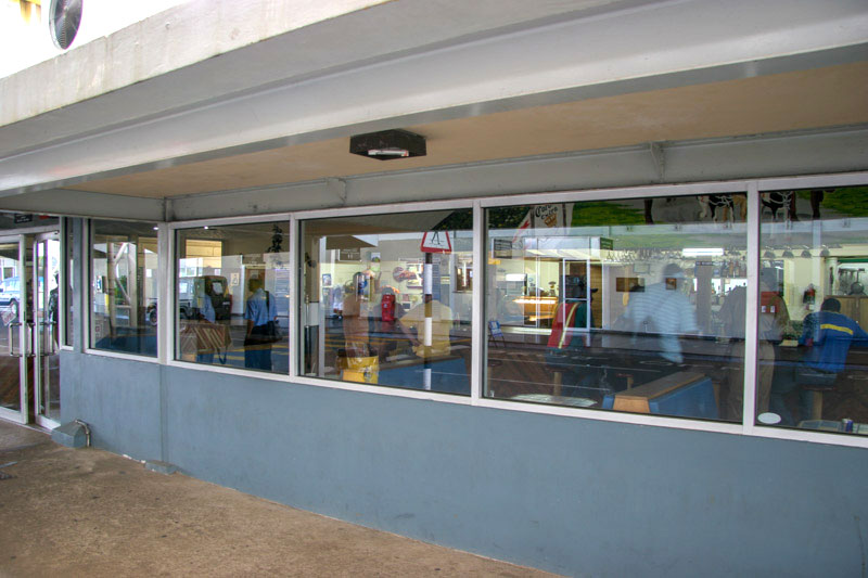 Tristar Restaurant at Tobago Airport <small>(&copy; S.M.Wooler)</small>