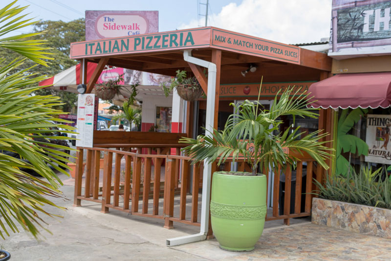 Pepe's Pizza, Crown Point, Tobago <small>(&copy; S.M.Wooler)</small>