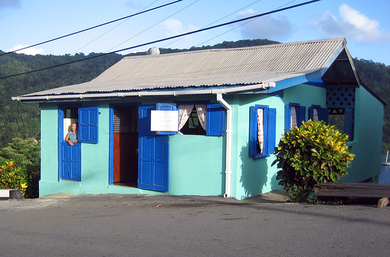 King's Bay Cafe, Delaford, Tobago <small>(&copy; S.M.Wooler)</small>